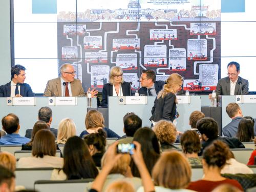 """Event - """"Is Brussels the new Washington, D.C.?"""" Lobbying transparency in the EU"""