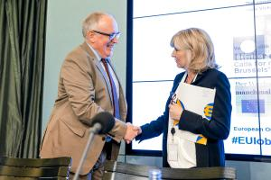The European Ombudsman with the Vice-President of the European Commission, Frans Timmermans.