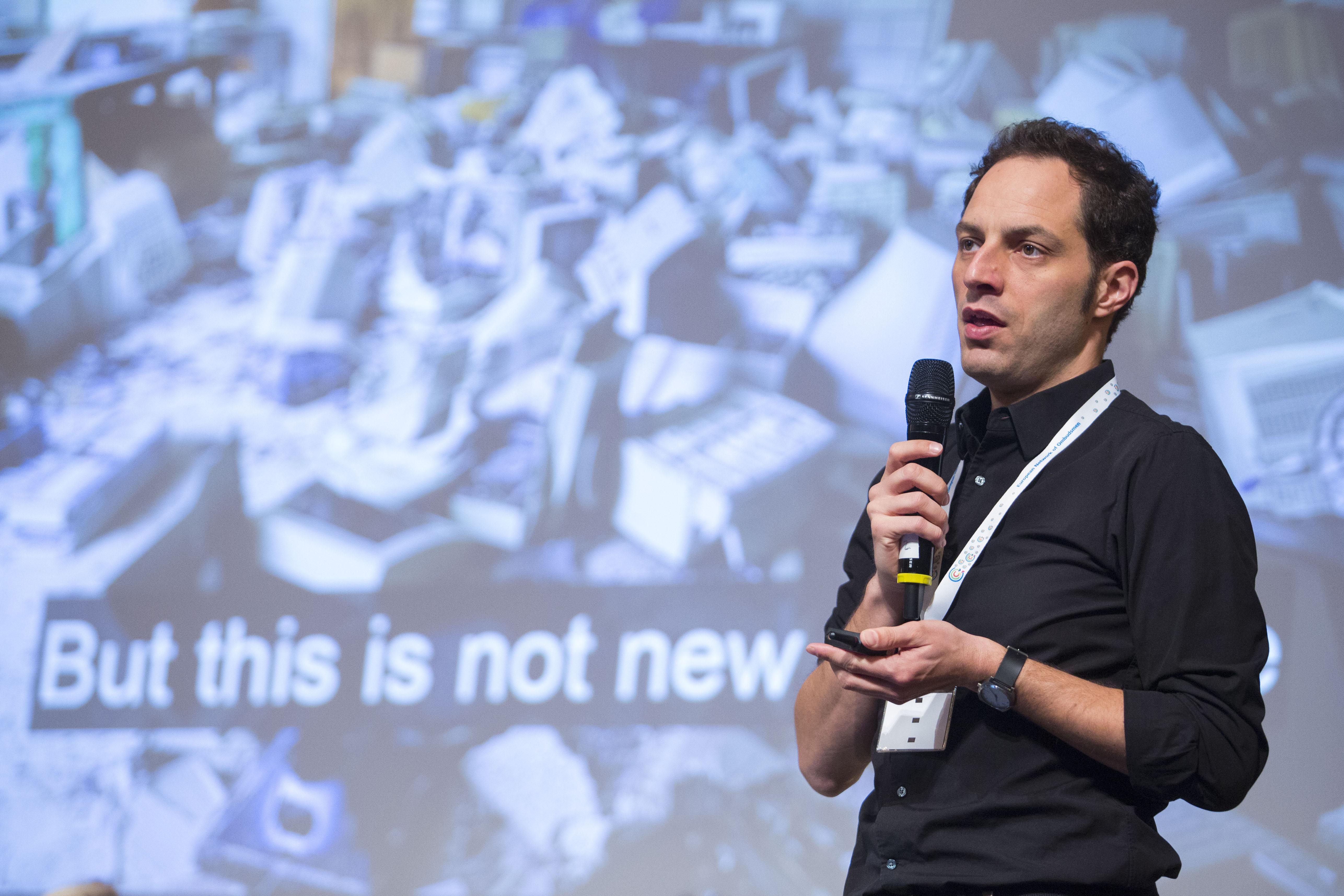 Jon Worth, Social Media Expert