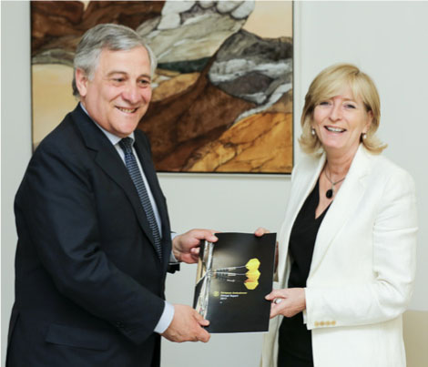 The European Ombudsman handing over her Annual Report 2017 to the President of the European Parliament, Antonio Tajani.
