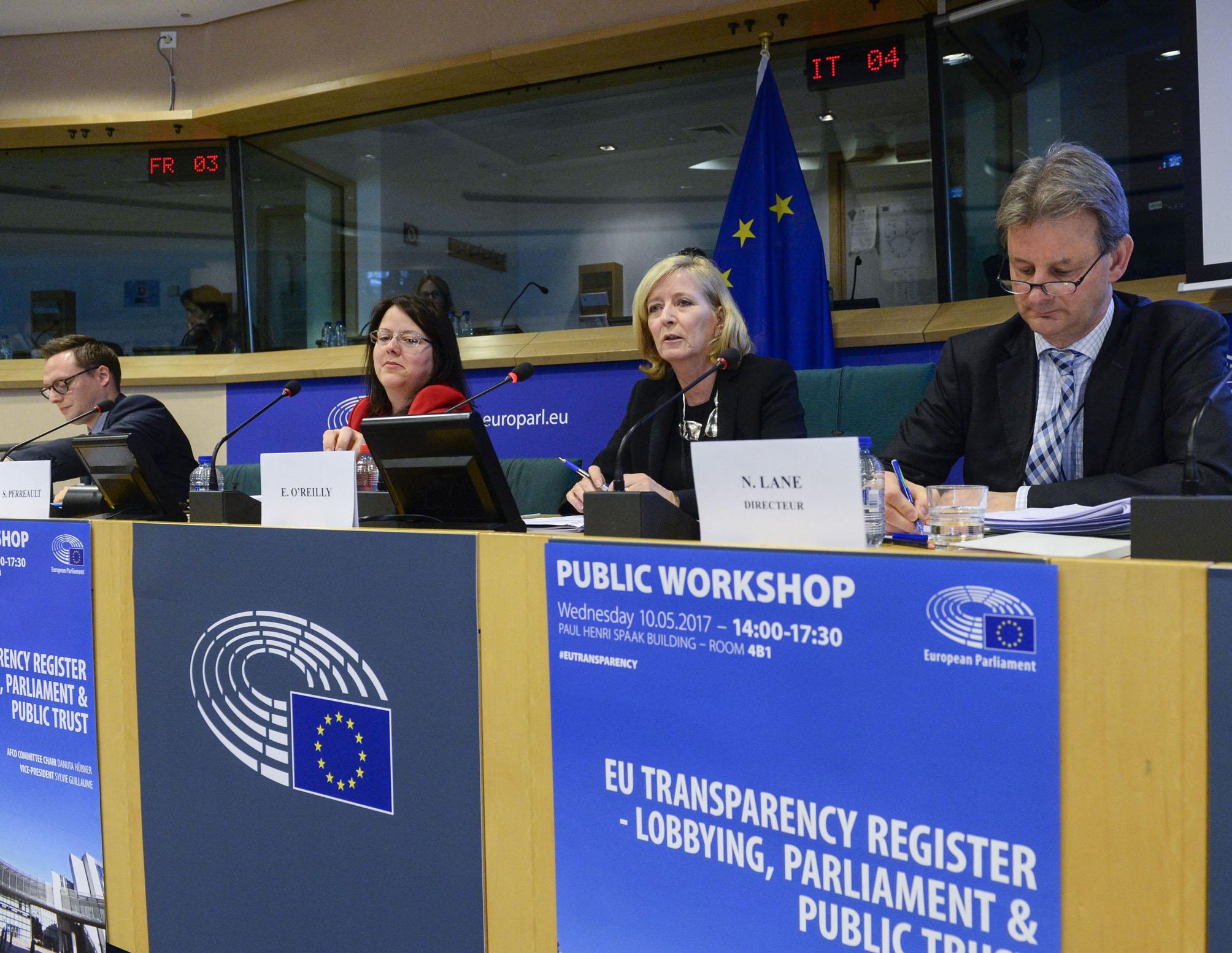 """Europska ombudsmanica Emily O'Reilly tijekom govora na radionici """"Registar transparentnosti EU-a – lobiranje, Parlament i povjerenje javnosti"""" koju je Europski parlament organizirao u svibnju."""