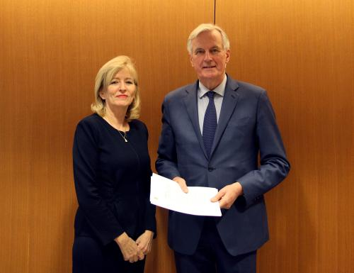 "Emily O'Reilly Strasbūre susitiko su ""Brexit'o"" darbo grupės ES vyriausiuoju derybininku Micheliu Barnier"