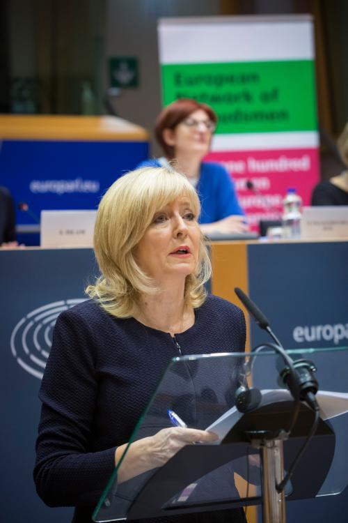 La Médiatrice européenne lors de la conférence du Réseau européen des Médiateurs, tenue au Parlement européen, à Bruxelles.