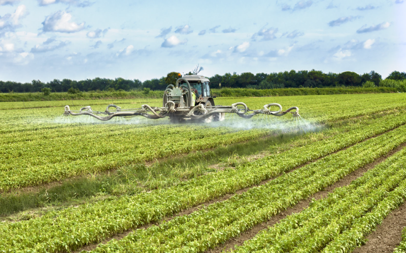 ![Ombudsman asks Commission to improve approval process for substances in pesticides]